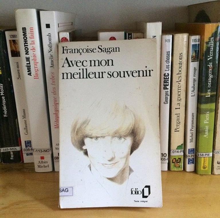 """""""Avec mon meilleur souvenir"""" - Françoise Sagan"""